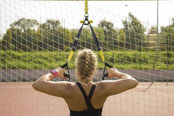 How-to-Use-a-Resistance-Band-for-Pull-Ups